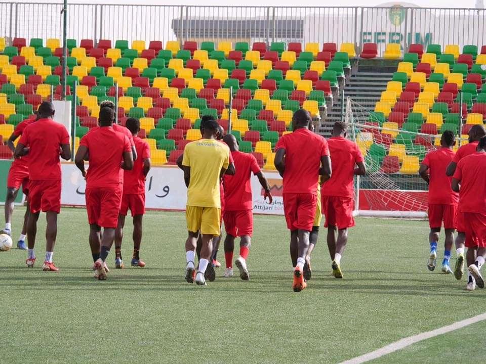 منتخب إفريقيا الوسطى يجري آخر حصصه التدريبية قبل مواجهة موريتانيا
