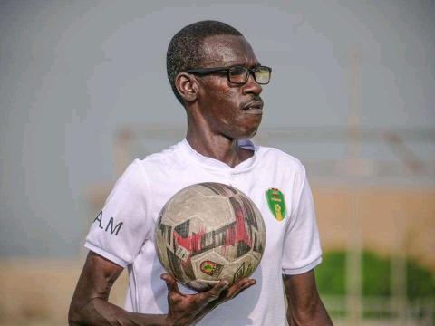مدرب المنتخب الوطني المحلي مصطفى صال (FFRIM)